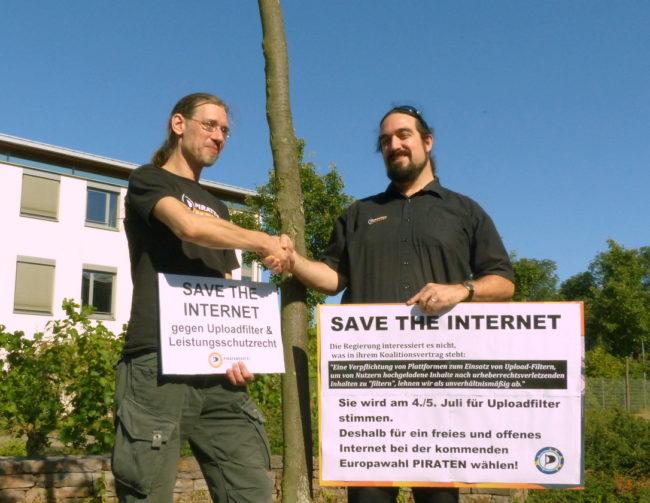 Björn Semrau und Jürgen Erkmann wollen das Internet retten